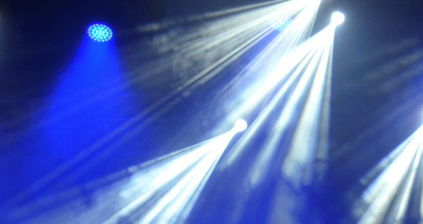 Iluminación Robótica Laraudio
