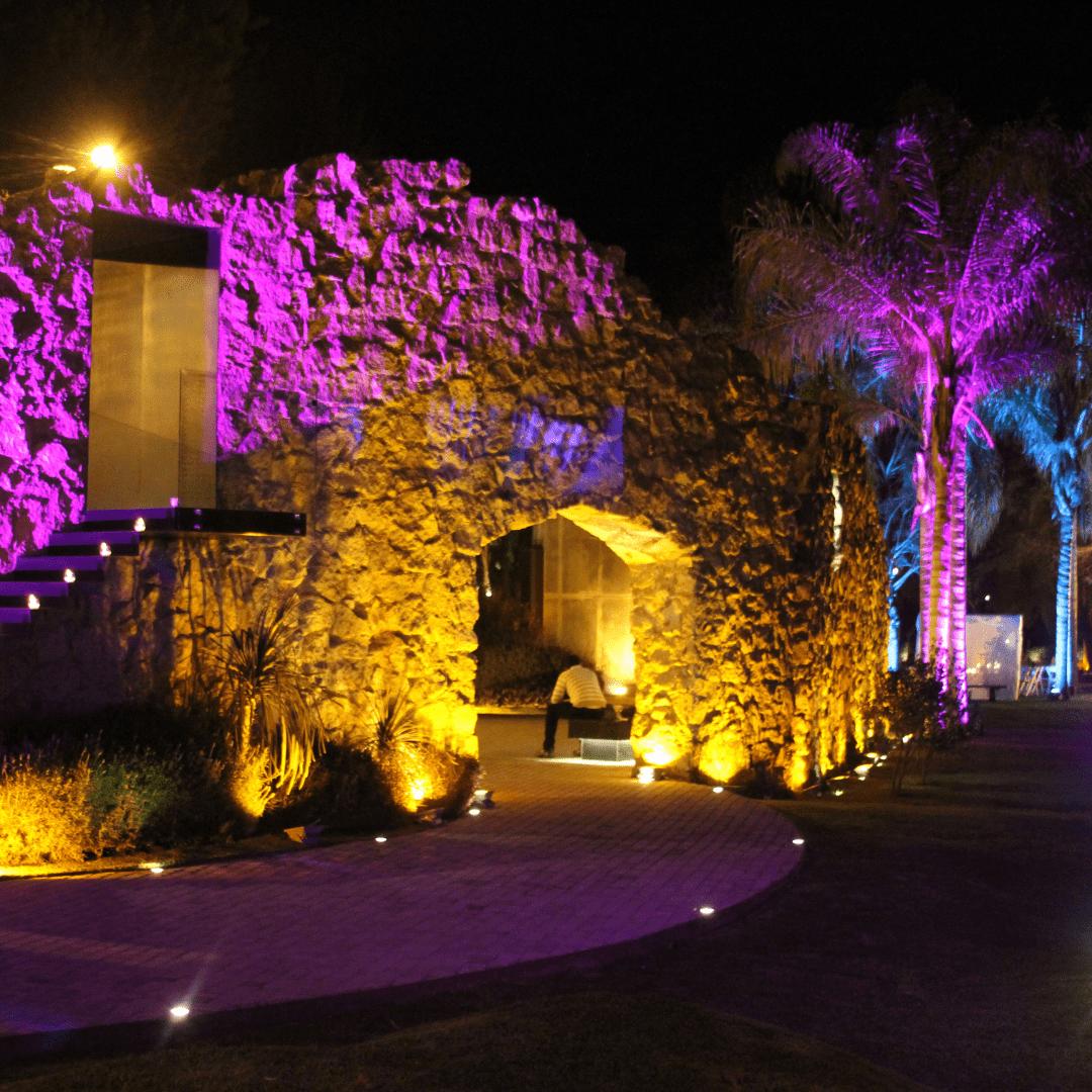 Iluminación arquitectónica en Casa Clementina por LarAudio