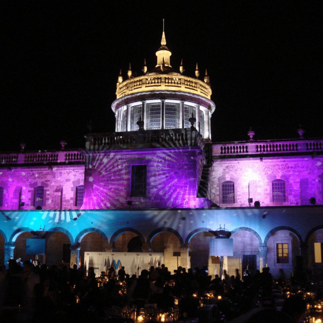 Iluminación decorativa para Instituto Cultural Cabañas por LarAudio