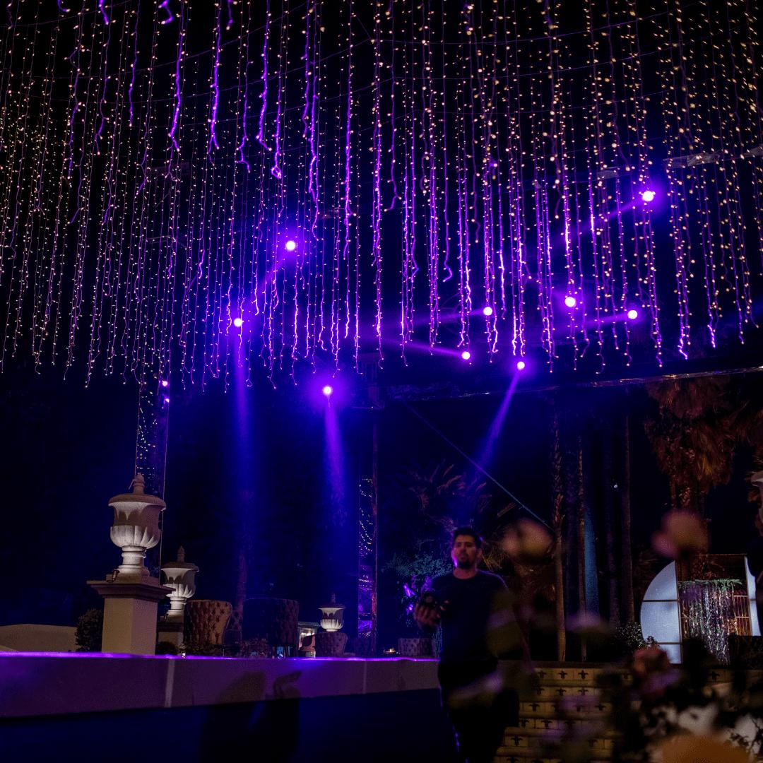 Luces robóticas beam en boda LarAudio