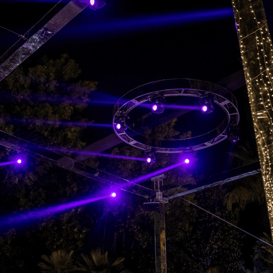 Luces robóticas en boda LarAudio