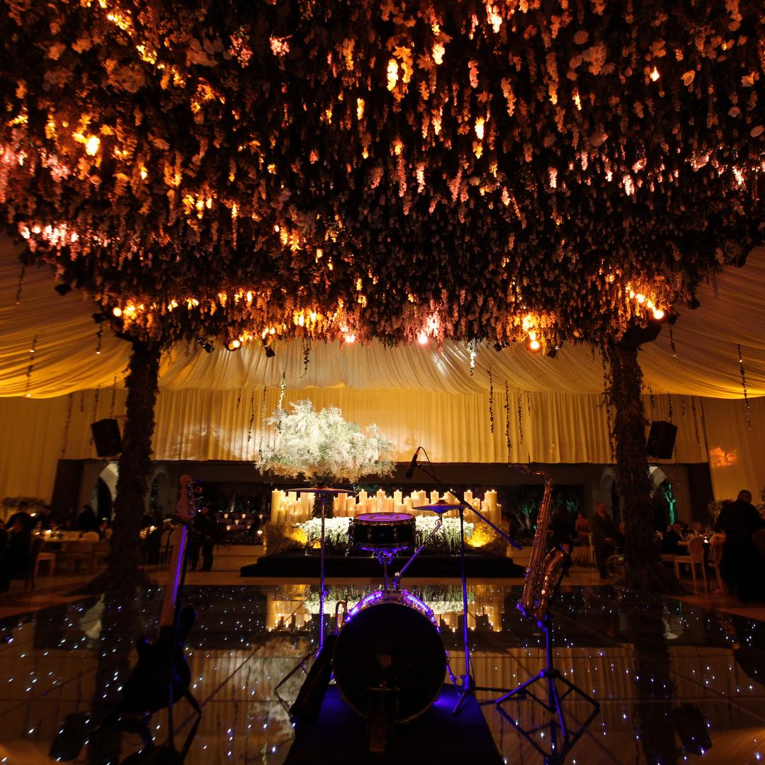 Soporte con Jardín Colgante de bodas LarAudio